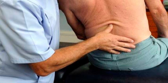 Bệnh gai đôi cột sống lưng và chữa gai cột sống bằng Ngải cứu rất tốt