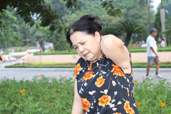 Triệu chứng vôi hóa cột sống ở cổ