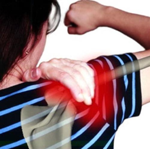 Khó cử động - Triệu chứng của thoái hóa khớp vai