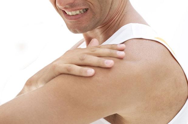 Kết quả hình ảnh cho đau bả vai và cánh tay