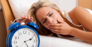 mất ngủ là một ảnh hưởng của bệnh thoái hóa đốt sống cổ.jpg