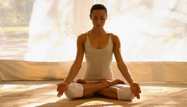 thoái hóa khớp gối có nên tập yoga không.jpg