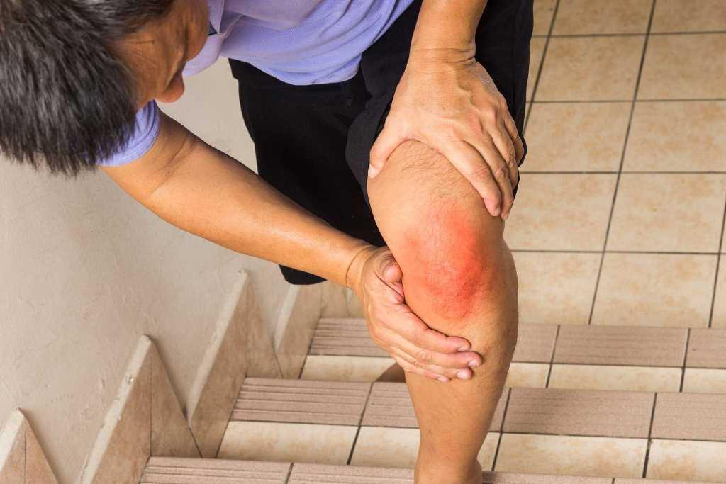 Đau đầu gối là biểu hiện của nhiều bệnh