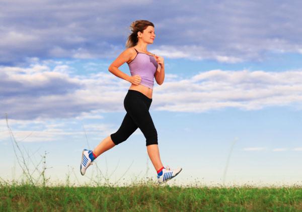 Tập thể dục là cách chữa đau cổ vai gáy tại nhà hiệu quả