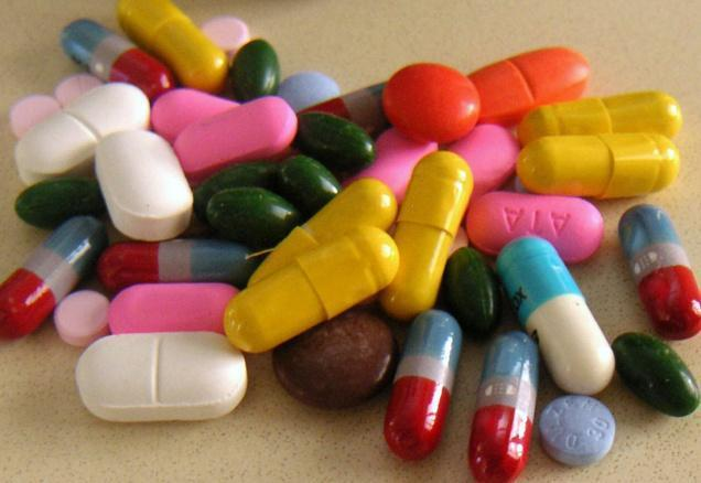 Thuốc điều trị thoái hóa khớp háng tuổi trẻ