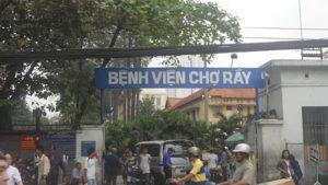 Khám cột sống tại bệnh viện Chợ Rẫy